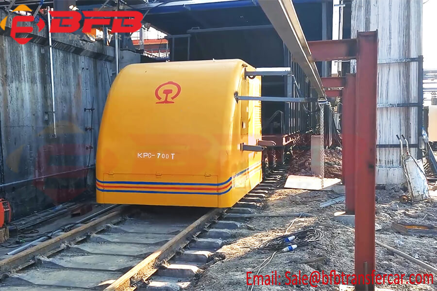 700 Ton Electric Rail Transport Cart Railway Tractors For Train Traction Sliding Line Powered