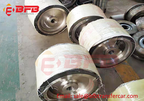 406mm Diameter Cast Iron Polyurethane Wheel For Trackless Transfer Cart Exported Mexico